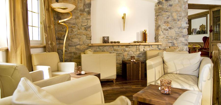 Hotel Zillertalerhof, Mayrhofen, Austria - lounge interior.jpg